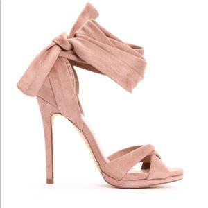 Fashion Nova Suede Mauve tie up heels